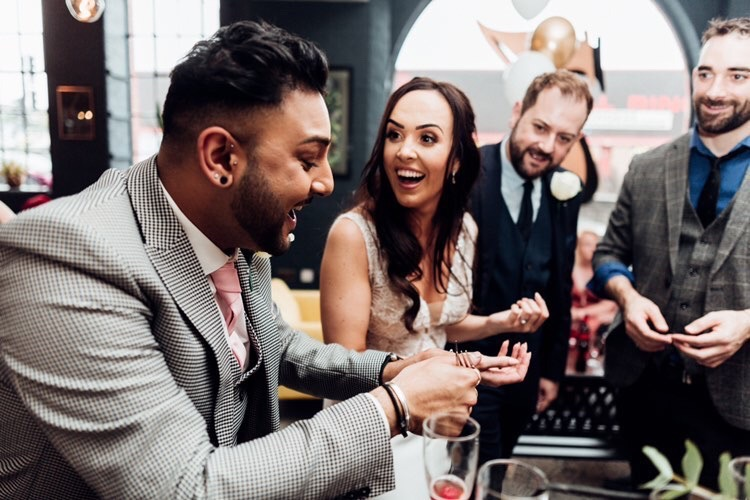 planning your wedding entertainment
